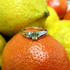 10k Gold and Peridot Ring